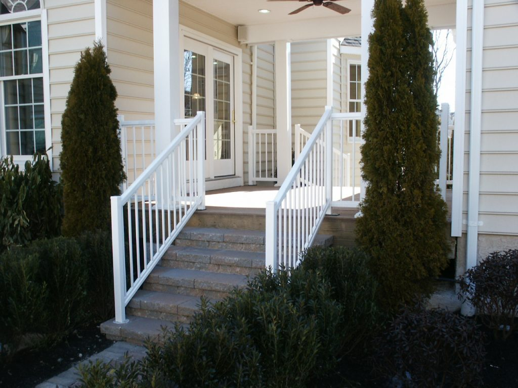 Deck, Porch & Fence Railing Company - Line Lexington, PA